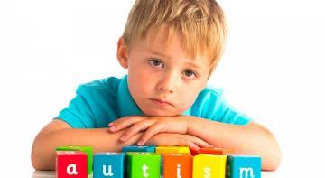 Природные методы лечения аутизма + продукты питания, которые нужно избегать