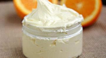 Домашнее цитрусовое масло для тела, которое успокаивает и смягчает сухую, шелушащуюся кожу!