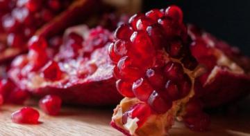 Польза граната для здоровья: фрукты помогают защитить от вас от налета, голода и некоторых видов рака